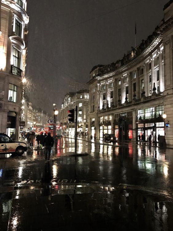 最終日はロンドン。 終日雨。結構な雨。ここまで雨はロンドンでも珍しいと言われた。
