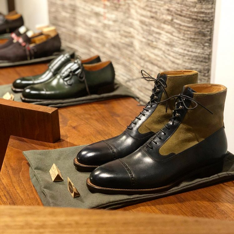 紳士靴の色気にうっとり